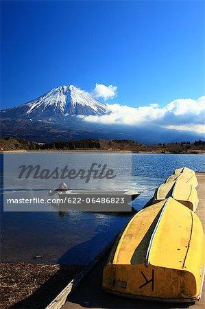 Mount Fuji and Lake Tanuki in Fujinomiya, Shizuoka Prefecture