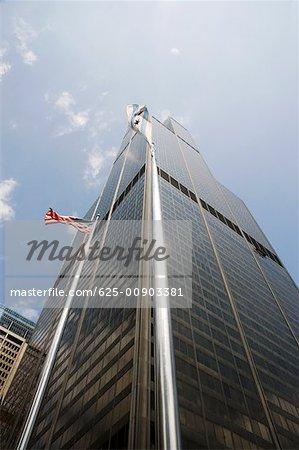 Low angle view of a skyscraper, Chicago, Illinois, USA