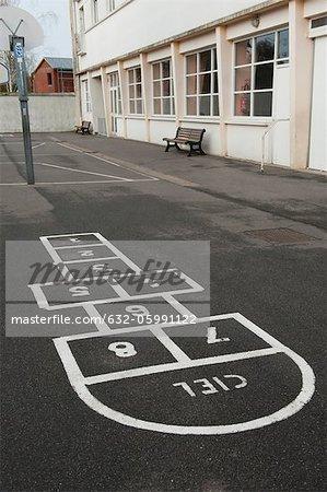 Hopscotch grid