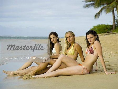 Teenage girl beach, Nude photos of karina kapoor