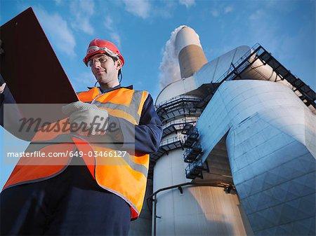 Worker & Desulphurisation Plant