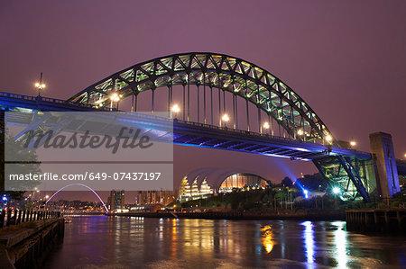 View of tyne bridge at night, Newcastle upon Tyne, United Kingdom