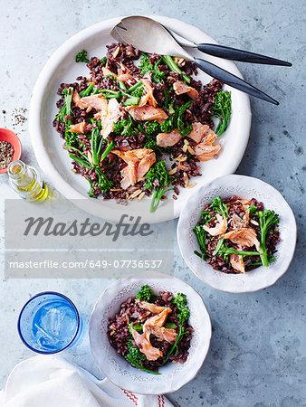 Black rice, salmon and broccolini