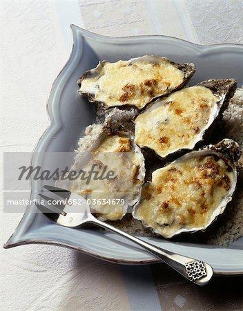 Oysters with Pineau de Charentes au gratin