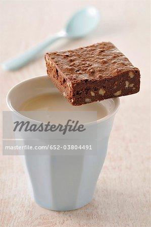 Milk tea and brownie