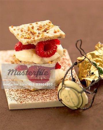 Crunchy raspberry Mille-feuille