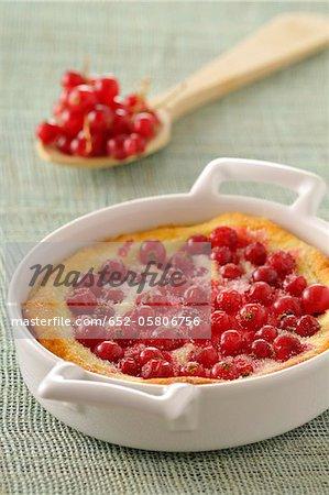 Redcurrant batter pudding