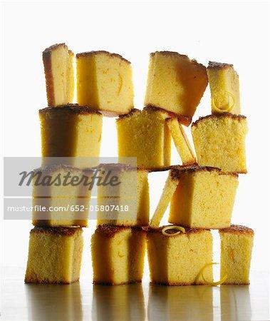 Sliced orange cake composition