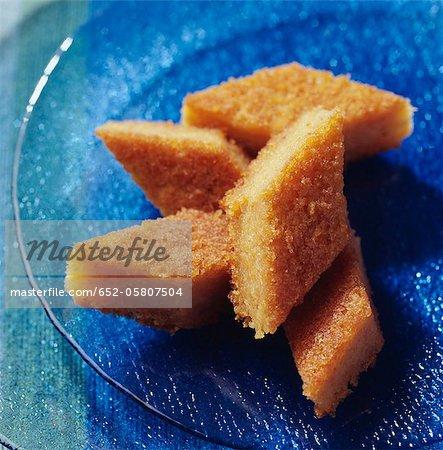 Diamond-shaped golden almond cookies
