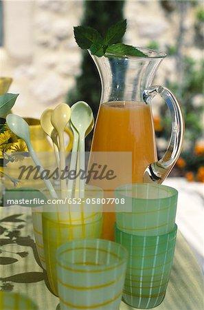 Apricot and lemon juice