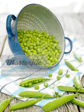 Peas in a colander