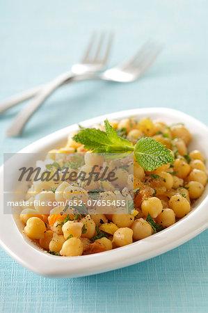 Chickpea and sultana salad