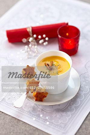 Cream of pumpkin soup with orange and cinnamon