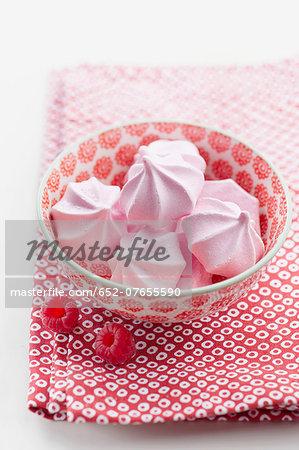 Small raspberry meringues