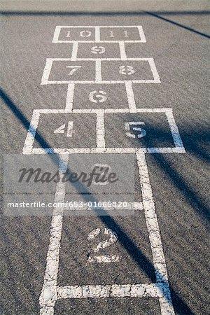 Hop scotch grid