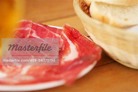 Pata negra ham and bread
