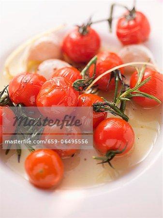 A tomato medley with mozzarella