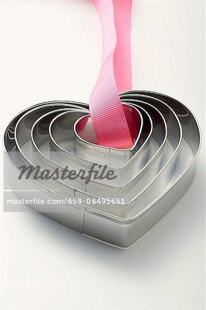 Heart-shaped baking tins