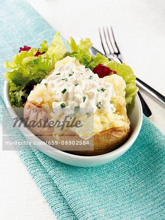 Baked potato with garlic cream cheese