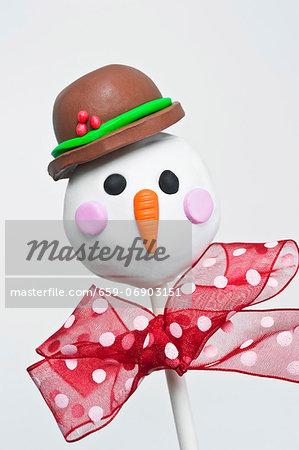 Christmas cake pop of a snowman