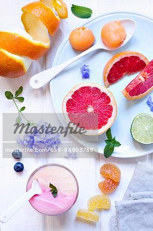 Melon ice cream and strawberry ice cream