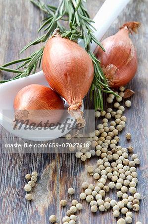 Shallots, white peppercorns and rosemary