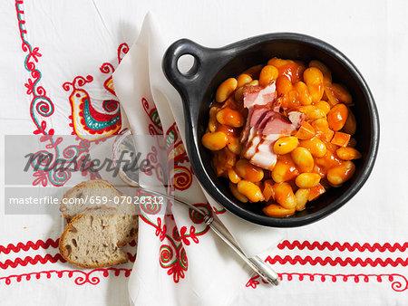 Fasolka po bretonsku (bean stew, Poland)