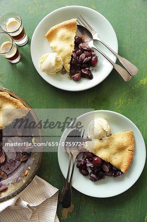 Grape cobbler with vanilla ice cream