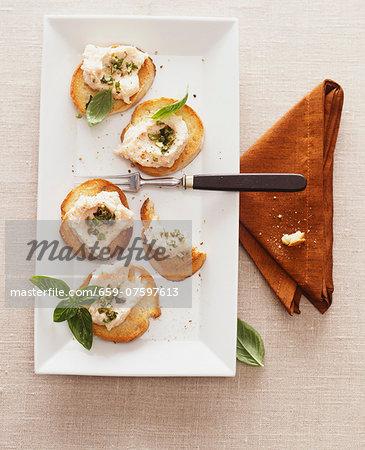 Crostini with salmon mousse