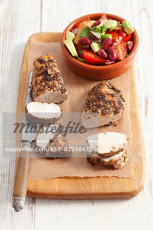 Chicken breast with tomato, avocado & kidney bean salad