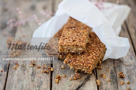 Gluten-free lupine muesli with nuts