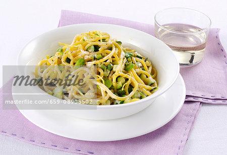 Bigoli pasta with broad beans and lemon