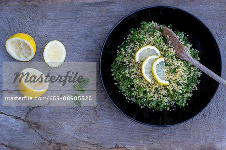 Parsley & bulgar with slices of lemon