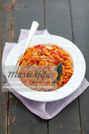 Sauerkraut braised with lentils, carrot and pepper (vegetarian)