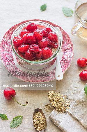 Quinoa porridge with cherries