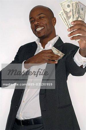 Pursing money