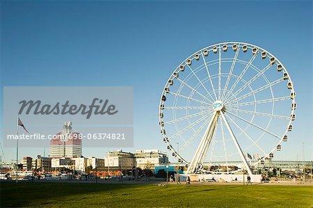 Large Ferris wheel in an amusement park