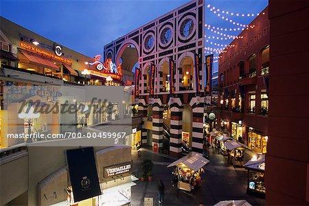 Horton Plaza, San Diego, California, USA