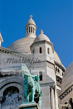 La Basilique du Sacre Coeur, Paris, France