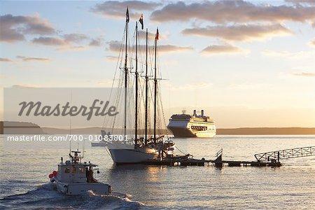 Schooner, Frenchman's Bay, Bar Harbor, Maine, USA