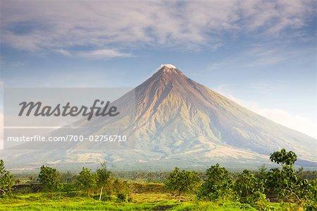 Mount Mayon Volcano, Legazpi City, Albay, Luzon, Philippines