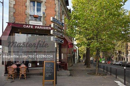 Cafe, Place du Rhin et Danube , Paris, Ile-de-France, France - Stock ...