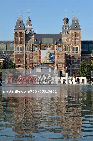 I amsterdam Sculpture and Rijksmuseum, Amsterdam, Netherlands
