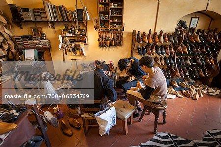 Shoemakers, Oltrarno, Florence, Tuscany, Italy