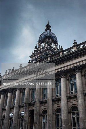 Leeds town hall and overcast sky, The Headrow, Leeds, UK