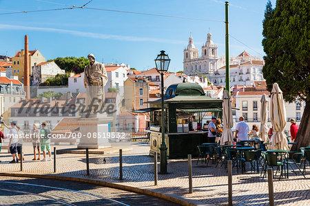 Largo das Portas do Sol, Statue of Sao Vicente in front of the Grace Convent, Alfama District, Lisbon, Portugal