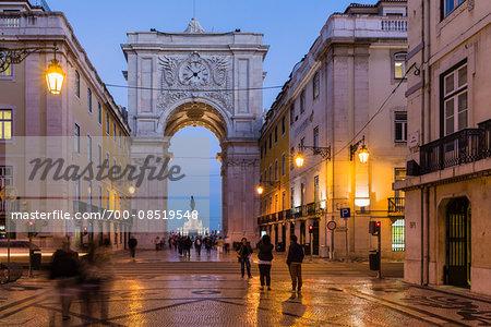 Rua Augusta Arch (Arco Triunfal), Praca do Comercio at dusk, Baixa District, Lisbon, Portugal