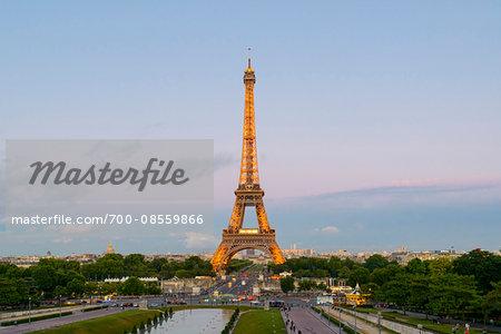 Eiffel Tower from Jardins du Trocadero at Sunset, Paris, Ile-de-France, France
