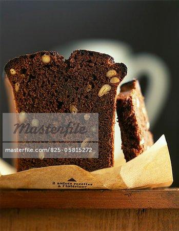 Chocolate and pine nut cake