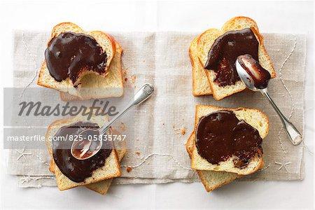 Gianduja spread on sliced bread